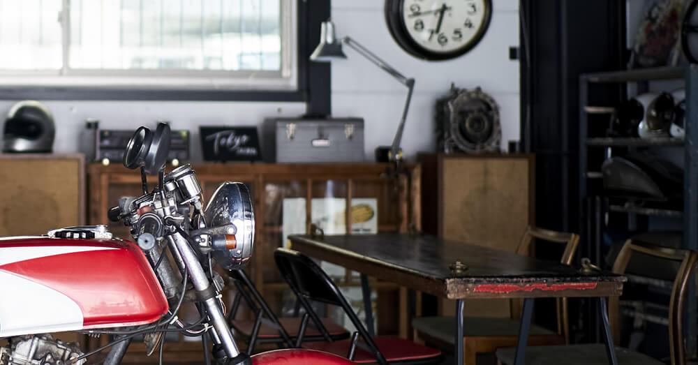中古住宅のリフォームでつくるバイクガレージ