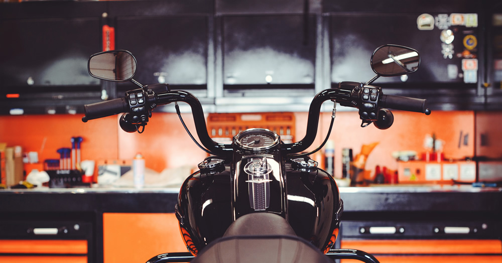 バイクガレージハウス